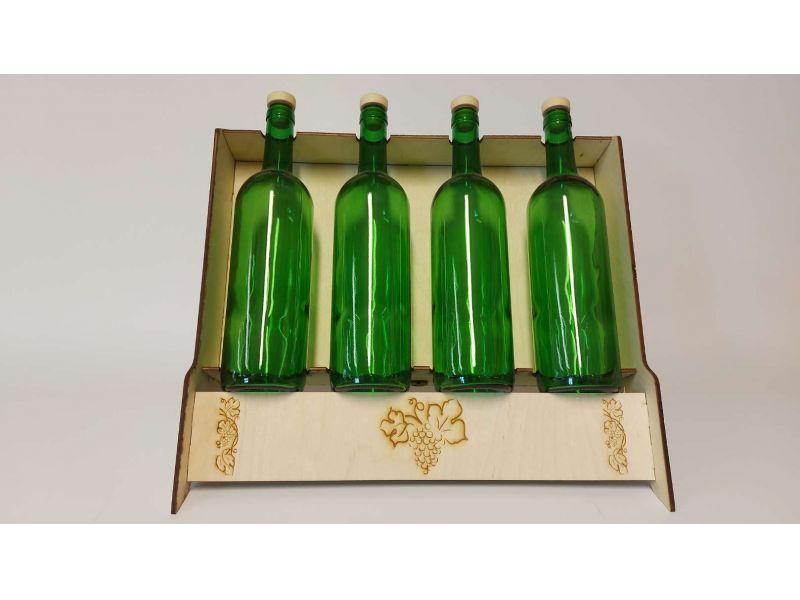 Üveges bor kínáló